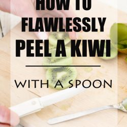 How to Flawlessly Peel a Kiwi – With a Spoon!