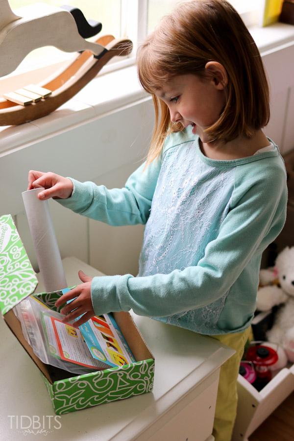 green-kid-crafts-review-tidbits-3