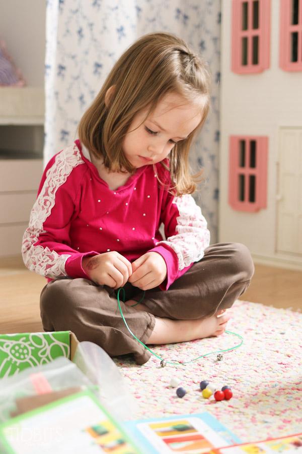 green-kid-crafts-review-tidbits-6