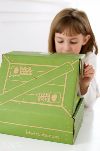 Kiwi Crate Review – Subscription Box for Kids