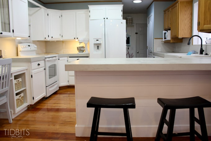 feather-finish-faux-concrete-countertops-17