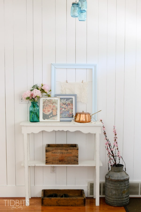 Time worn vintage canning books  3 FREE printables and a vignette