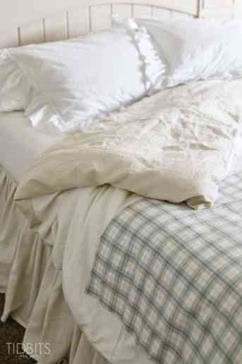 DIY Master Bedroom Bedding - for a serene, relaxing space.