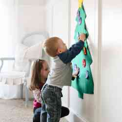Felt Christmas Tree Craft for Kids