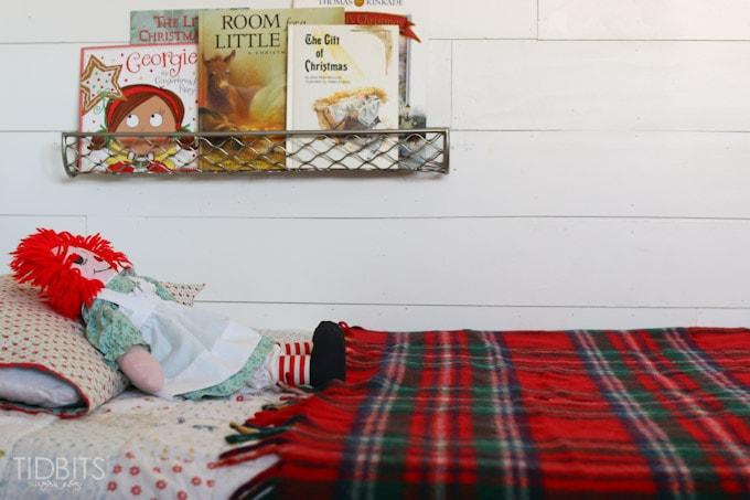 Cottage Christmas Girls Room-4