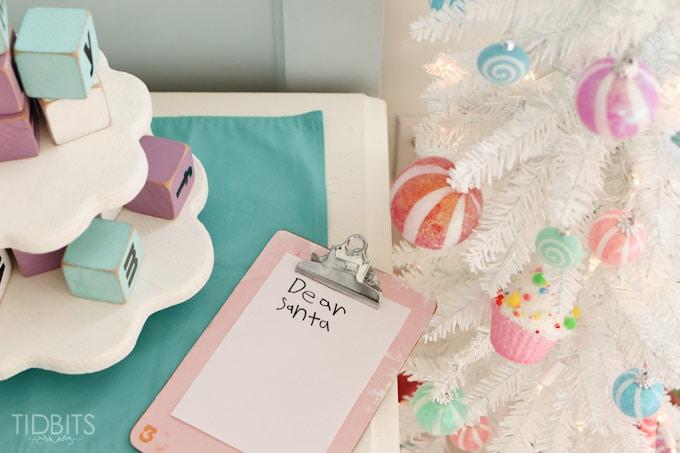 Cottage Christmas Girls Room-4 (2)