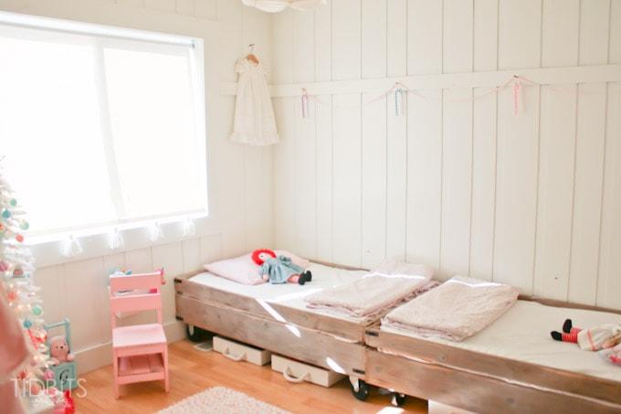 Cottage Christmas Girls Room-9