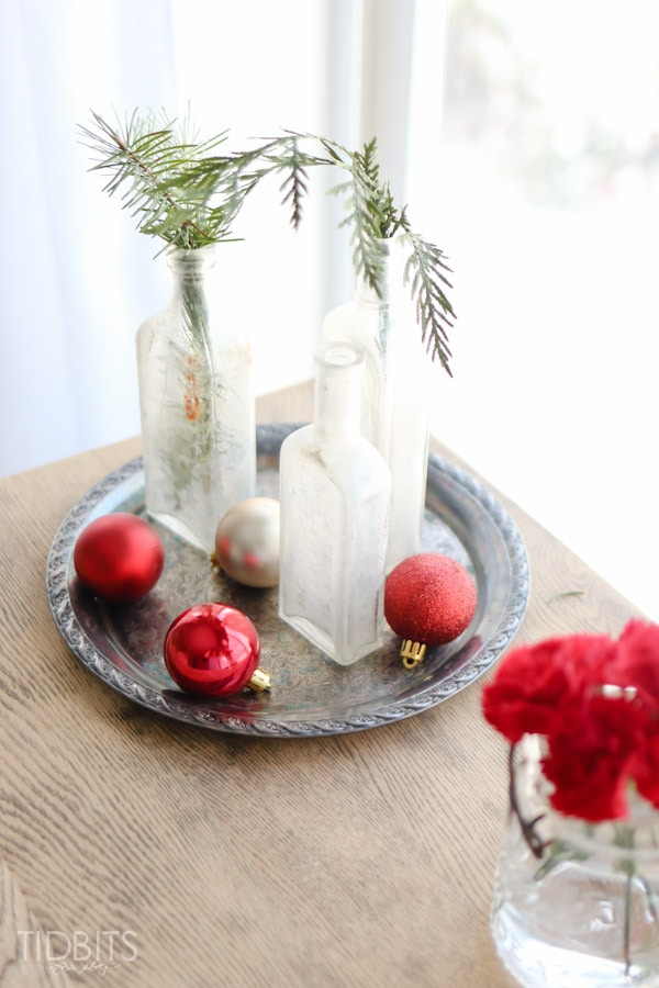 A Cottage Christmas Home Tour - ideas for a cozy master bedroom infused with red!