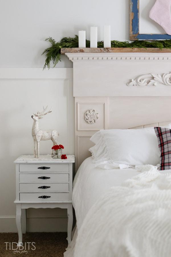 Cottage Christmas Master Bedroom-4