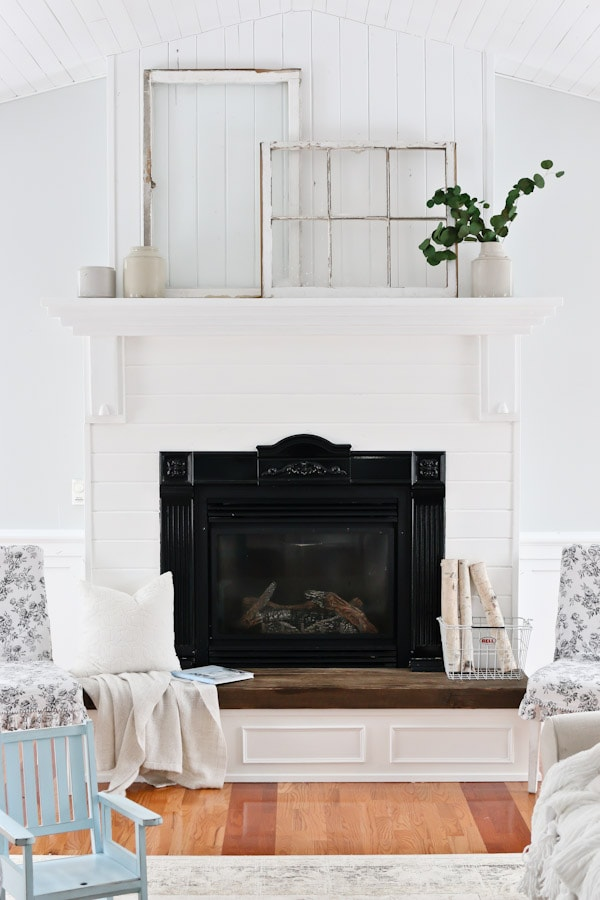 living room mantle white living room and mantel decor tidbits 11249