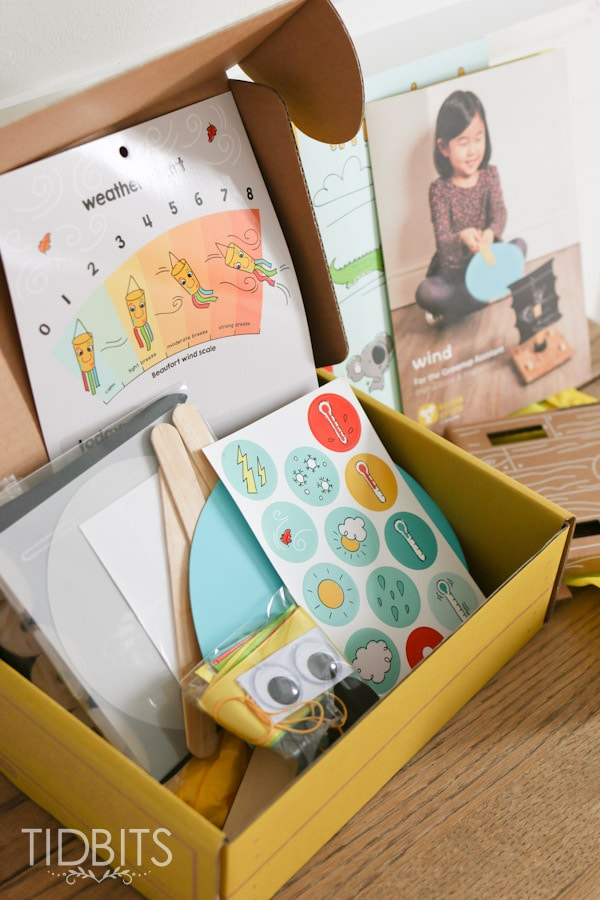 A Peek inside the Koala Crate. A fun and interactive subscription box for preschoolers, with my honest option and review.
