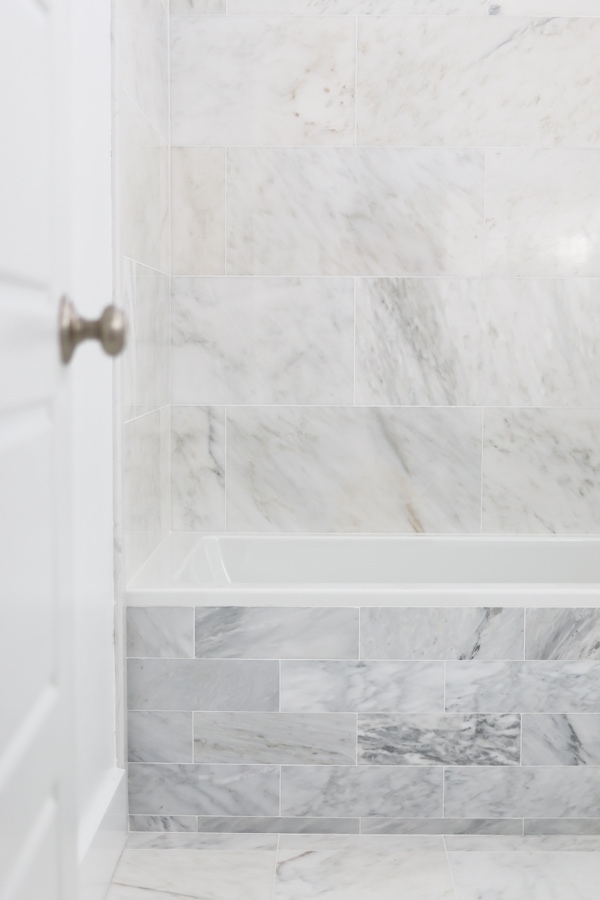 How to install marble tile - get the tips, tricks and tutorial!