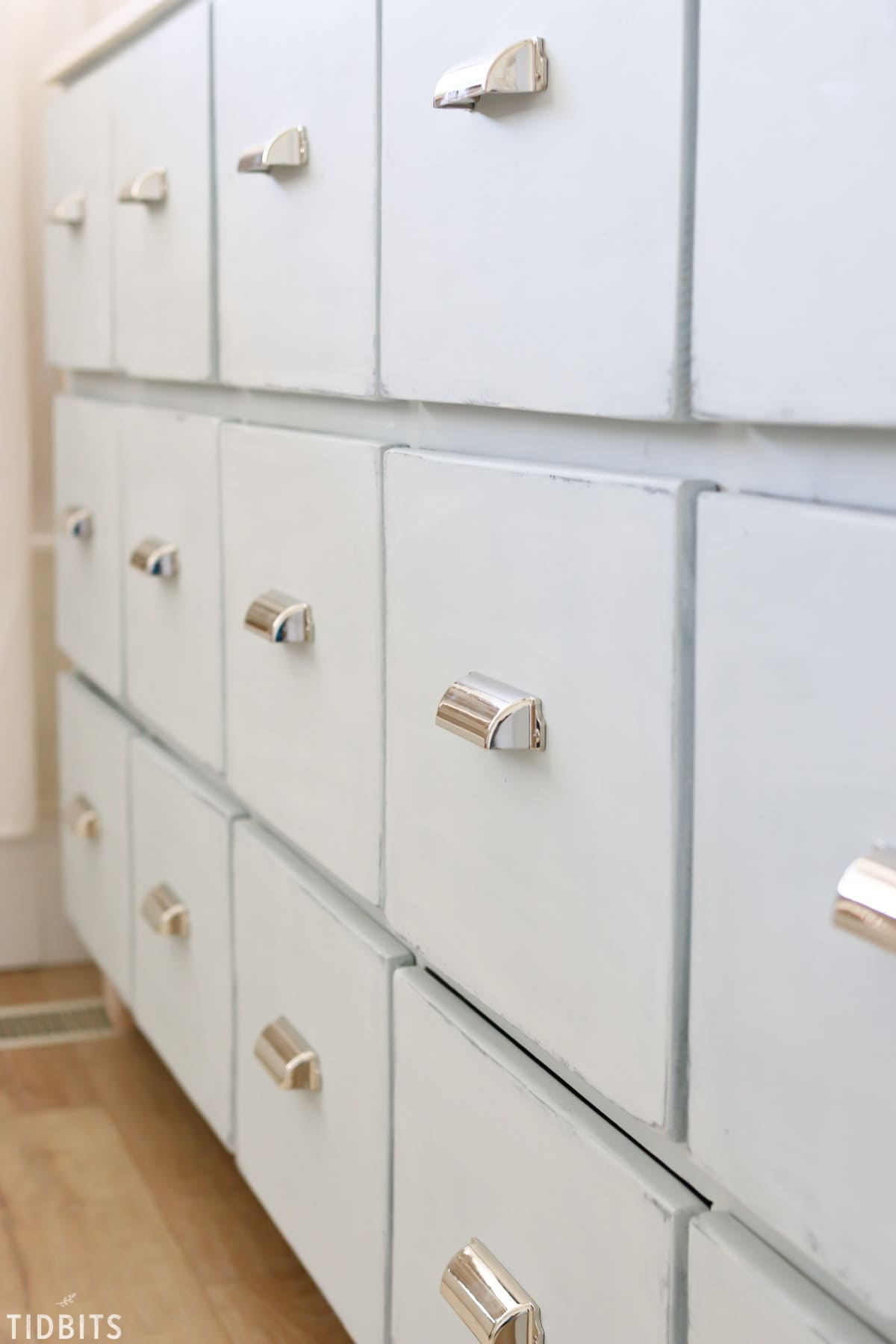 18 Drawer DIY Apothecary Cabinet | Free building plans available!!
