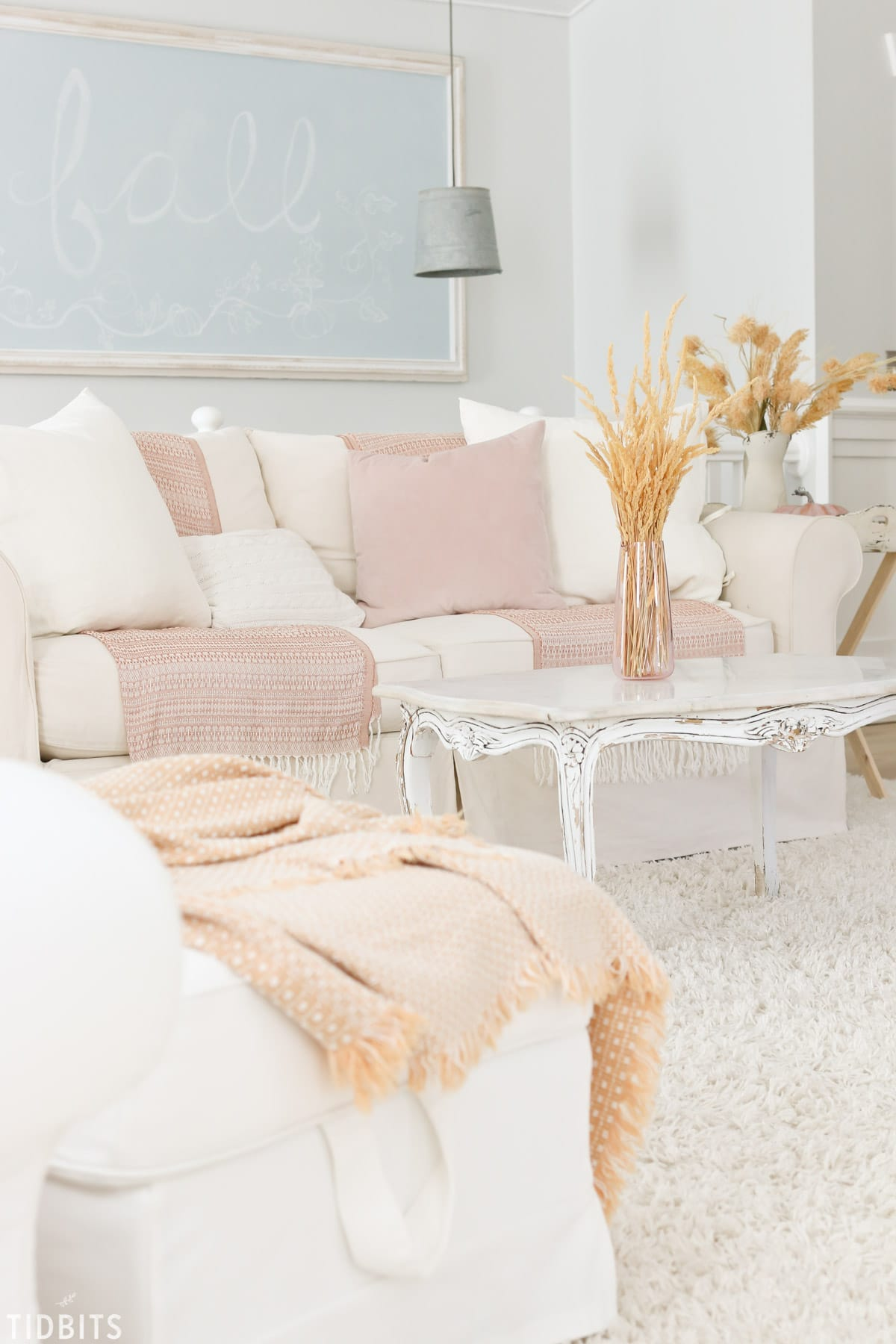 Fall Home Tour | Living Room - Tidbits