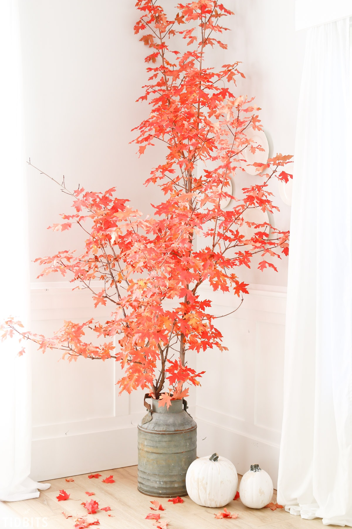 Fall Leaves In Decor Tidbits
