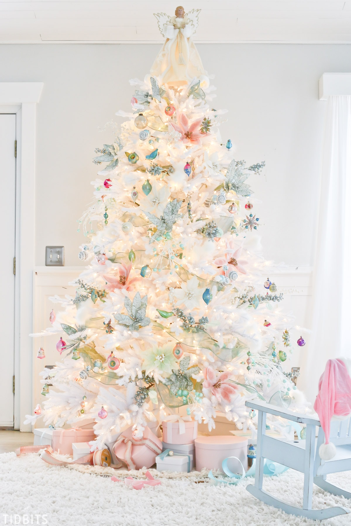A Colorful Christmas Tree with Balsam Hill - Tidbits