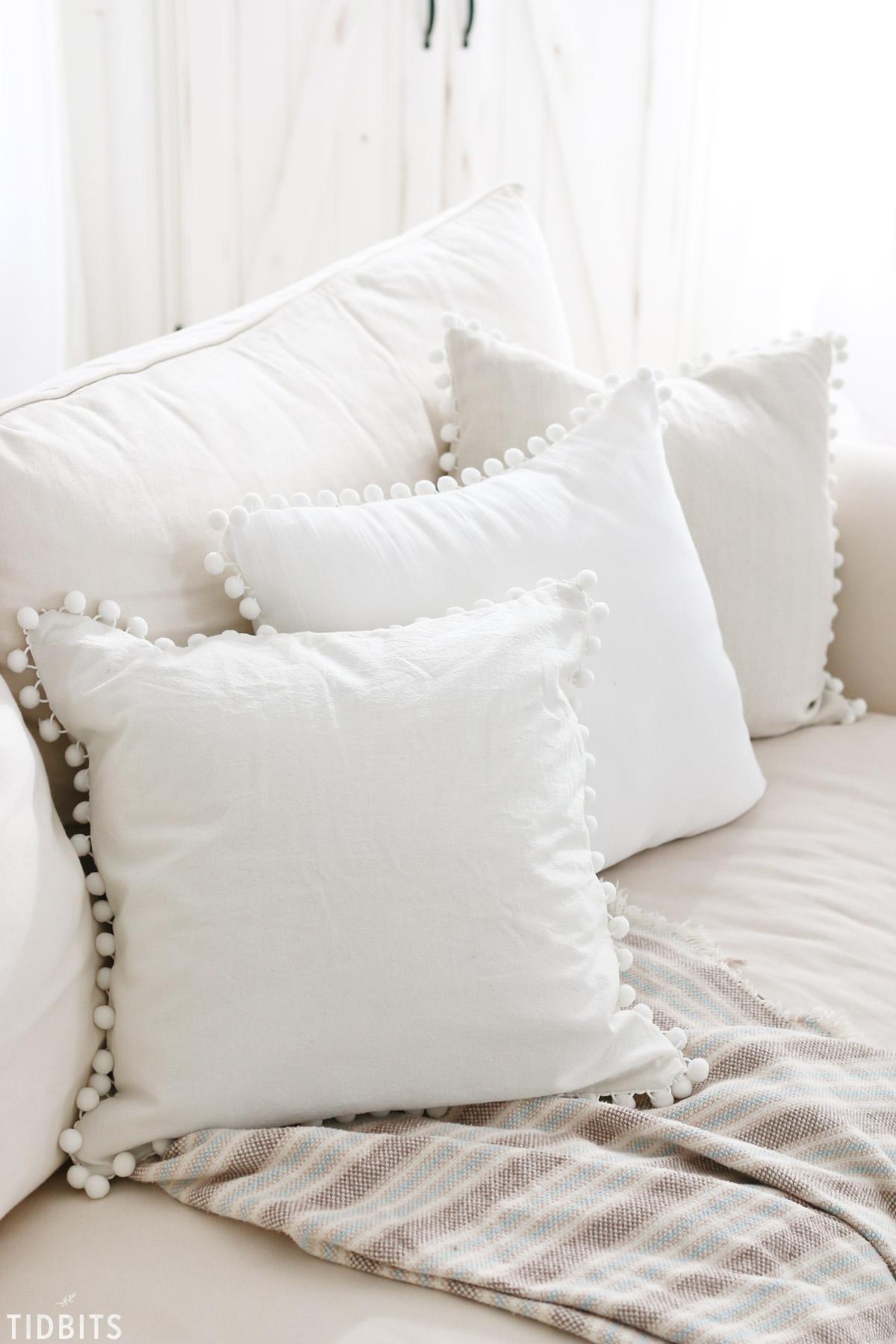 Diy Pom Pom Pillow Tidbits