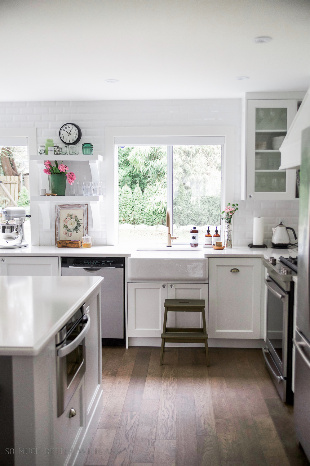 The Benefits Of Open Shelving In The Kitchen: Is It Still In, Or On Its Way Out?? - Tidbits