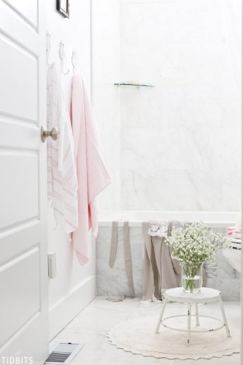 Spring Kids Bathroom Refresh