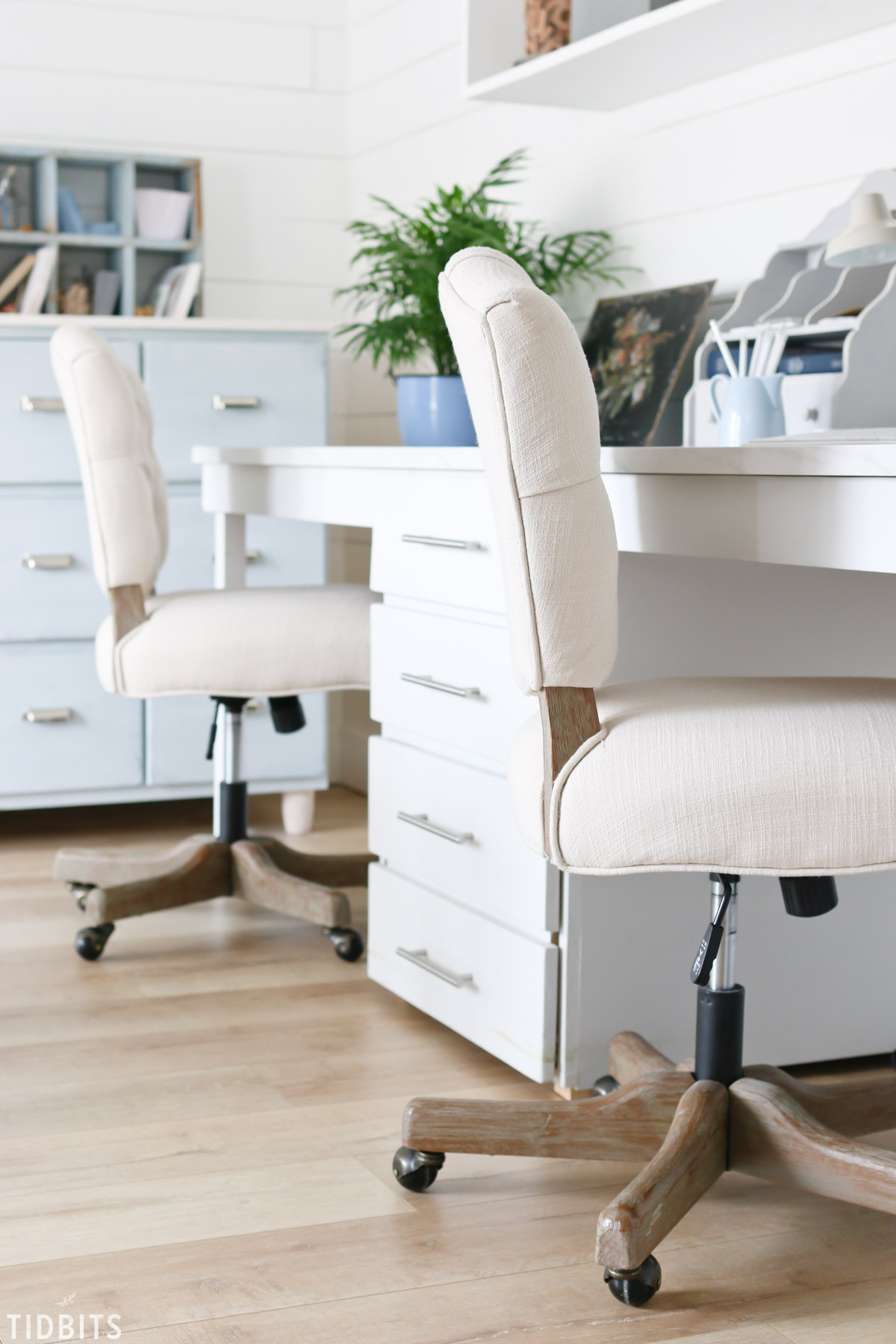 Cottage Farmhouse Home Office Spring Refresh