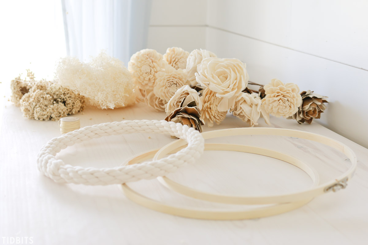 DIY Embroidery hoop wreath