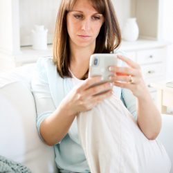 How to Cope with Feelings of Online Jealousy