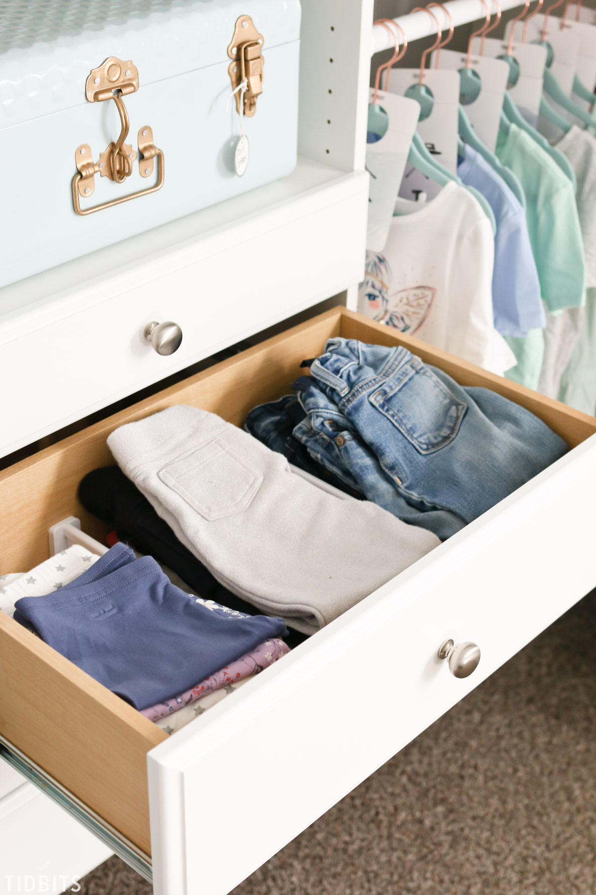 kids closet organized drawers