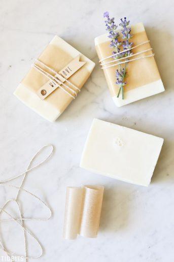 DIY Goat Milk and Honey Soap, natural and homemade.