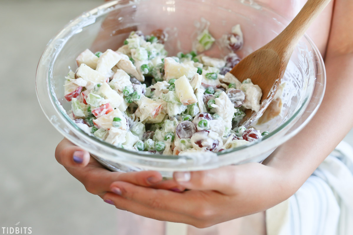 Light and Healthy Chicken Salad Recipe with Yogurt Dressing
