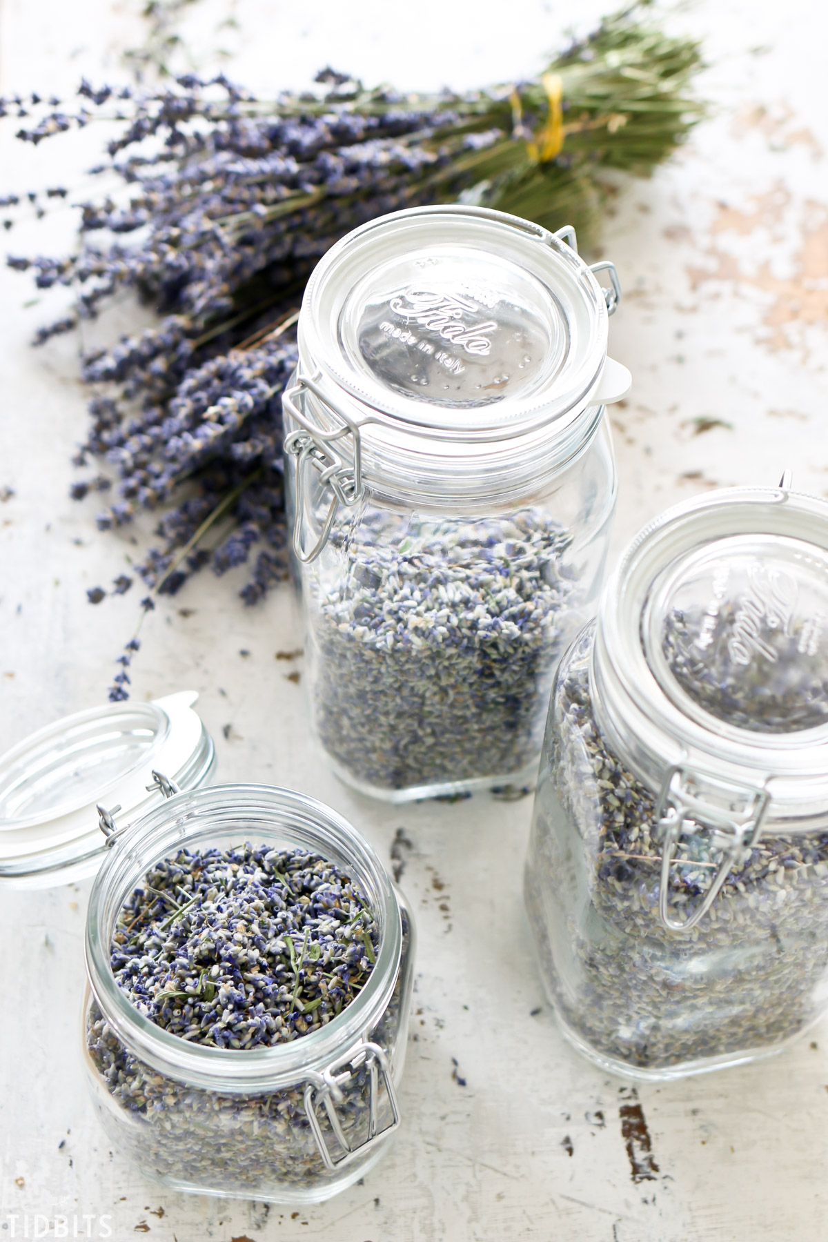 dried lavender buds in glass jars