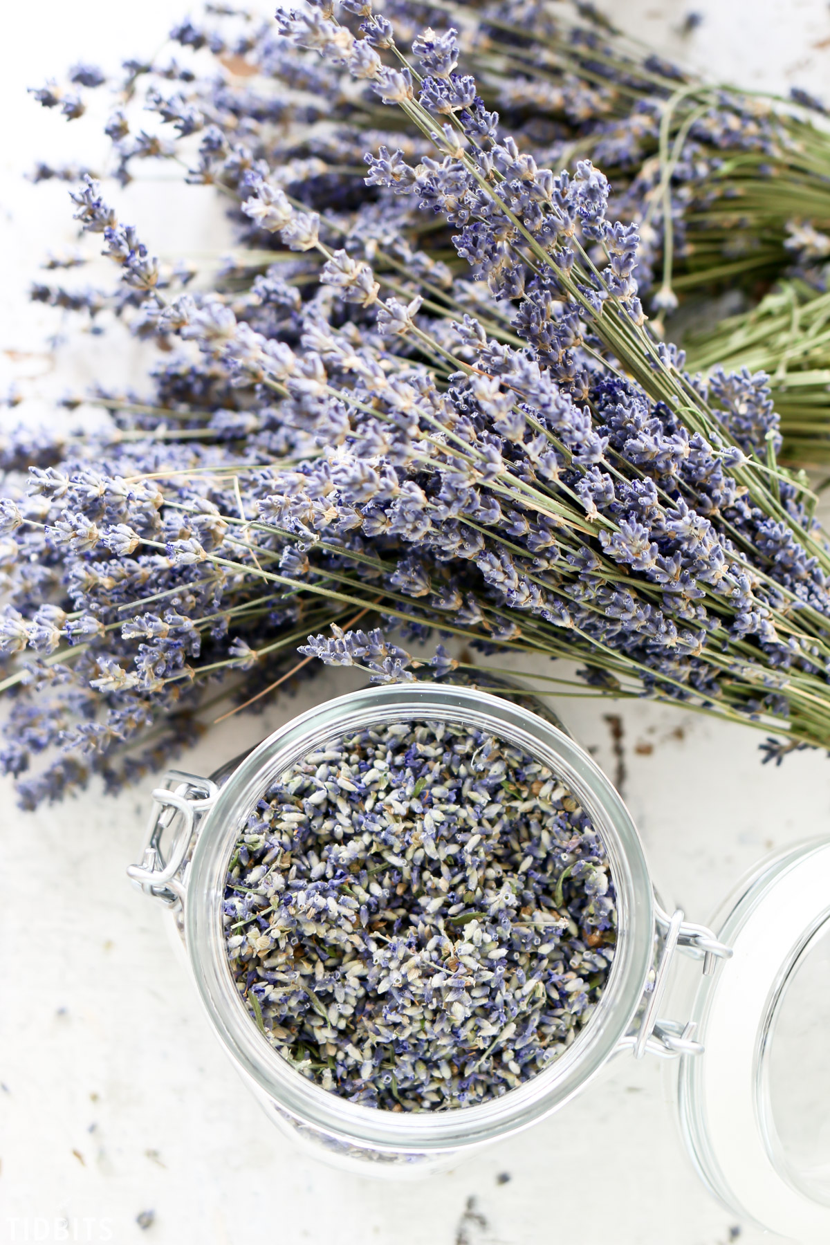 remove dried lavender buds from stem