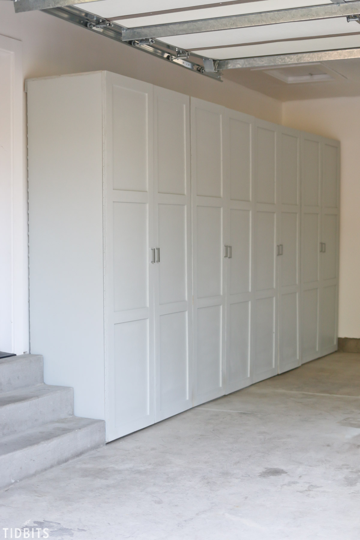 garage storage cabinets free building plans tidbits rh tidbits cami com garage storage cabinet plans or ideas diy garage storage cabinet plans