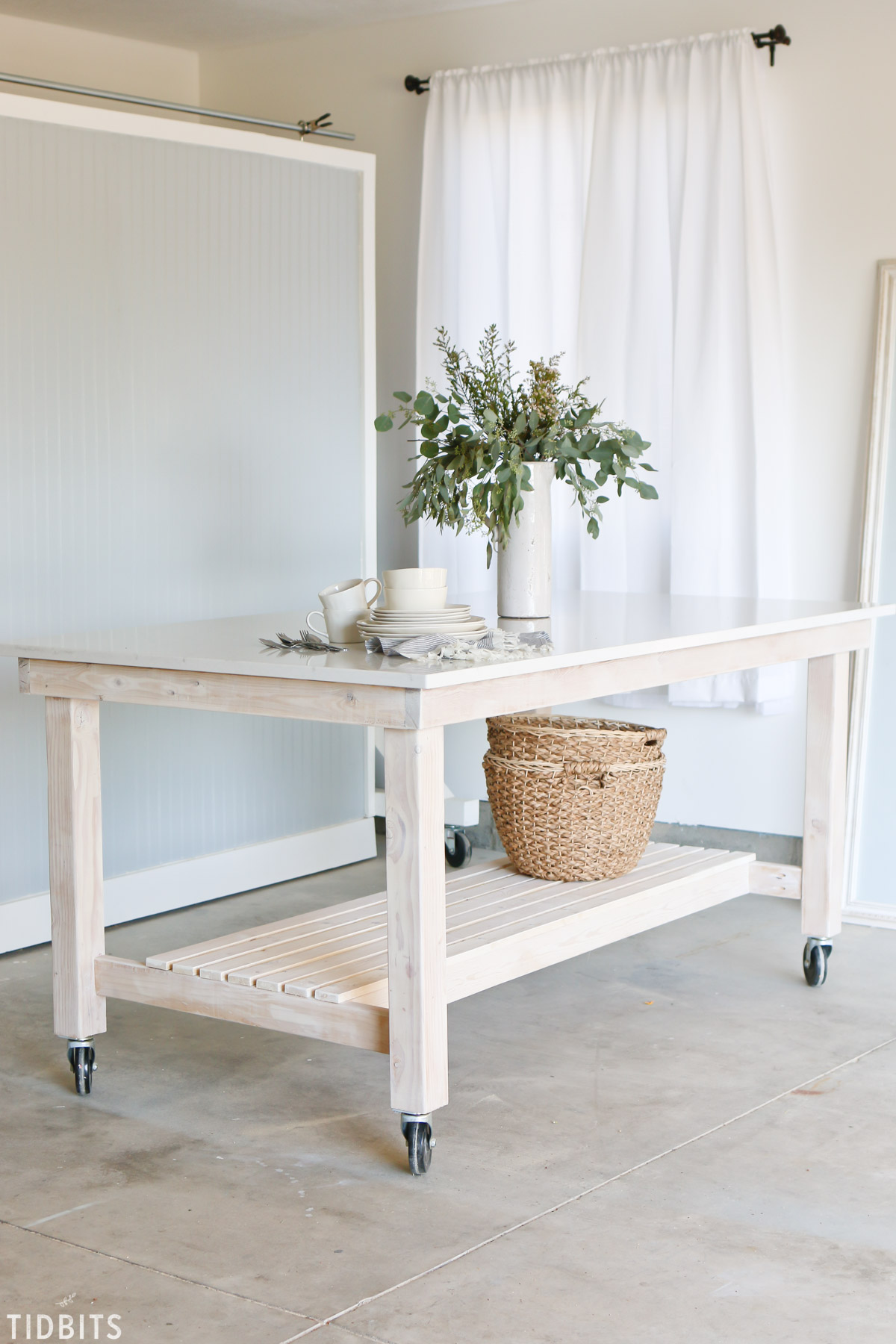 DIY Rolling Work Table / Kitchen Island - Tidbits