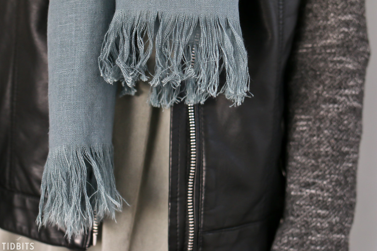 fringes on pure linen scarf