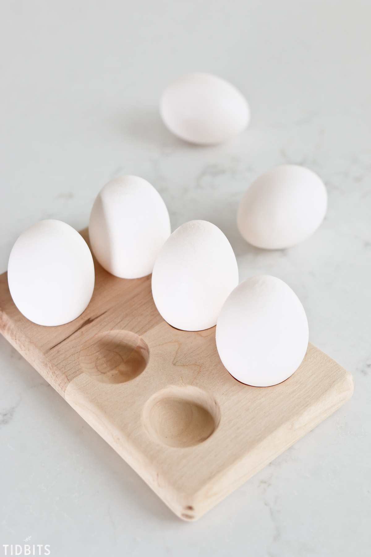 how to make DIY wooden egg holders