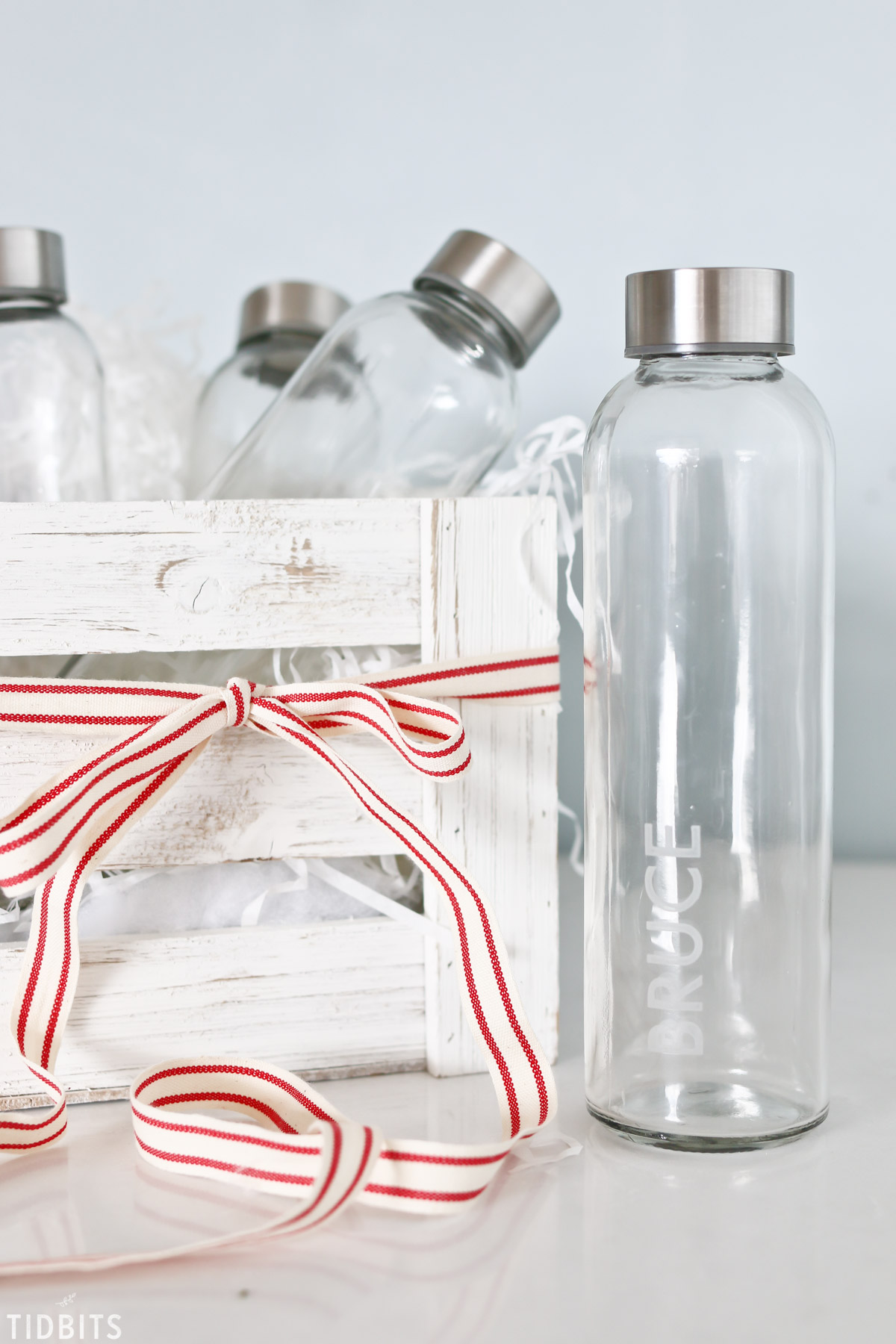 fa2c02d5e60 DIY Personalized Etched Glass Water Bottles - Tidbits