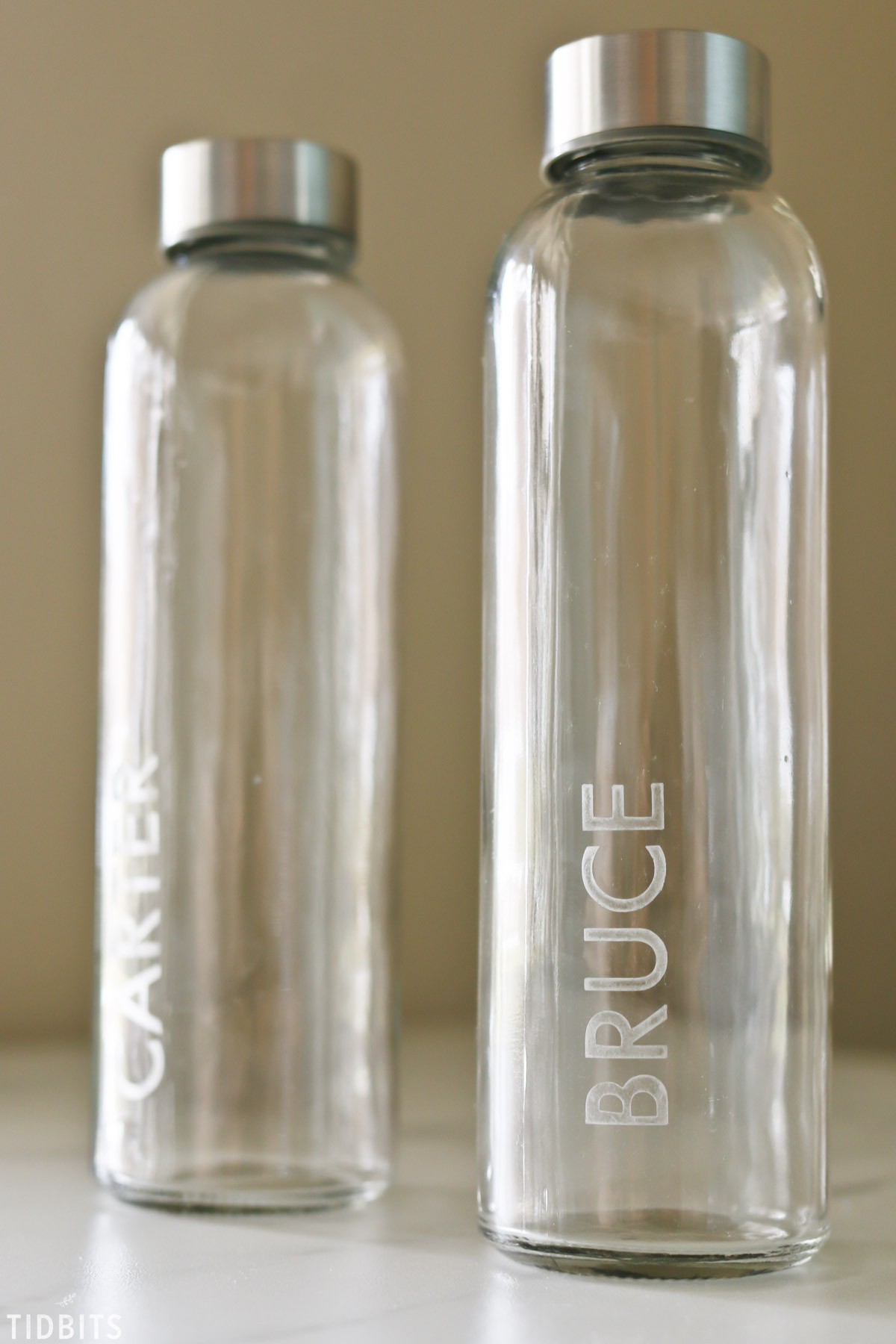 personalized name etched on glass water bottles