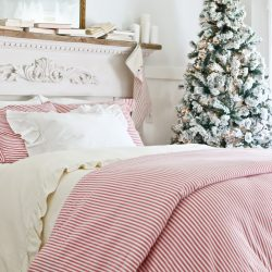 Classic Red and Green Farmhouse Christmas Bedroom | Holiday Housewalk Tour