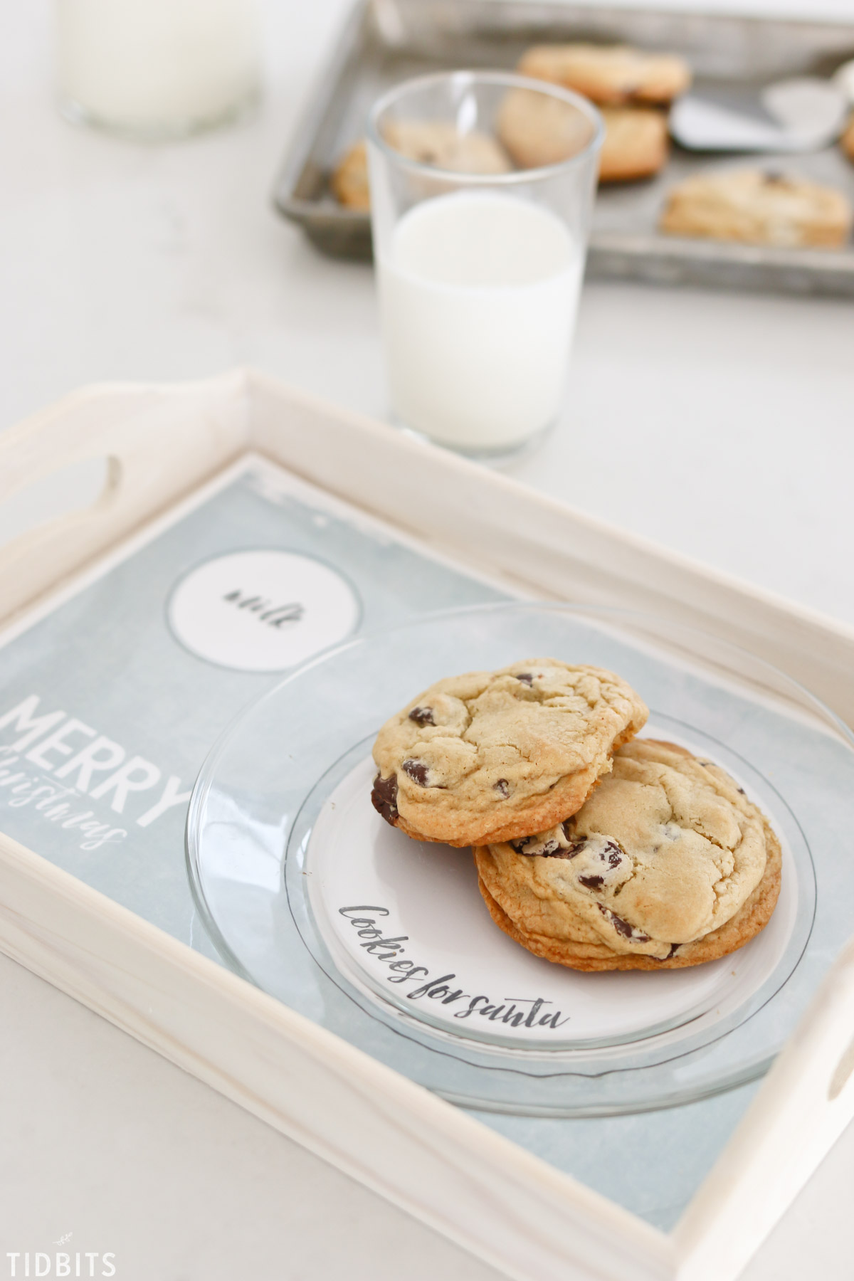 milk and cookies for santa tray