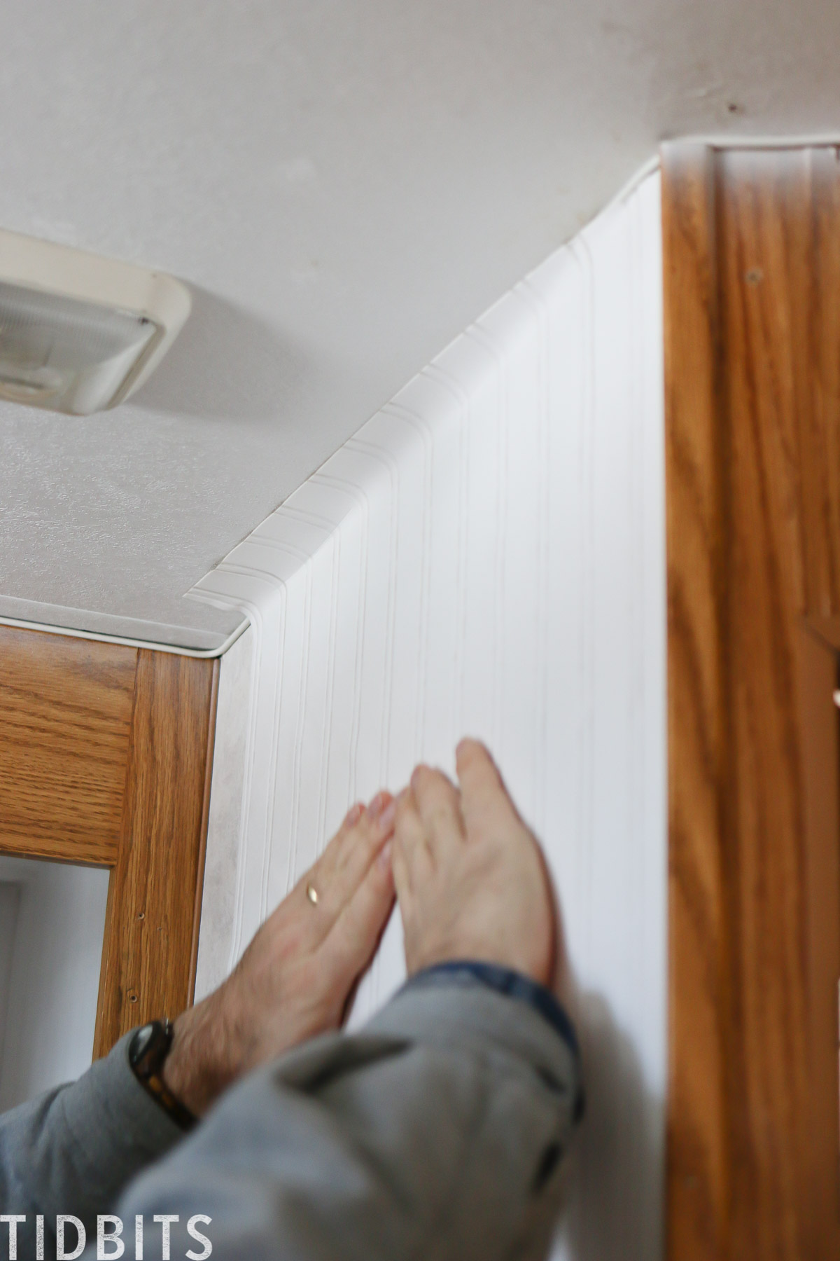 Applying beadboard paintable wallpaper in RV