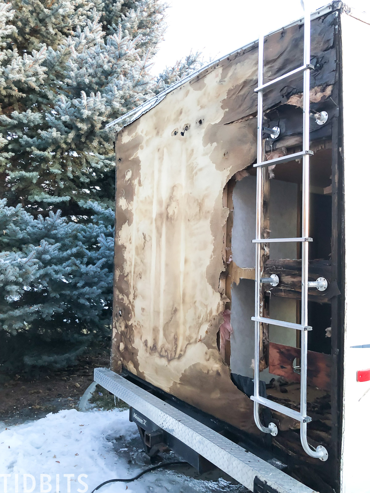 Water and mold damage in RV, solutions.