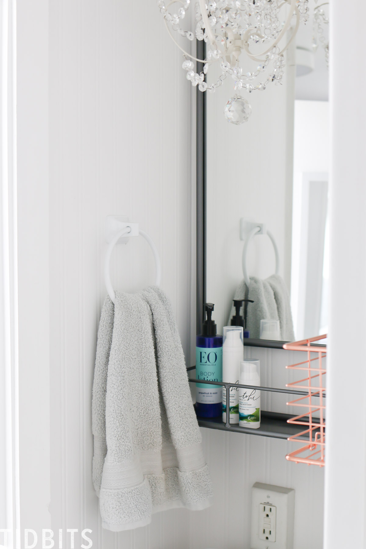 Tiny Home and RV bathroom organization and storage ideas