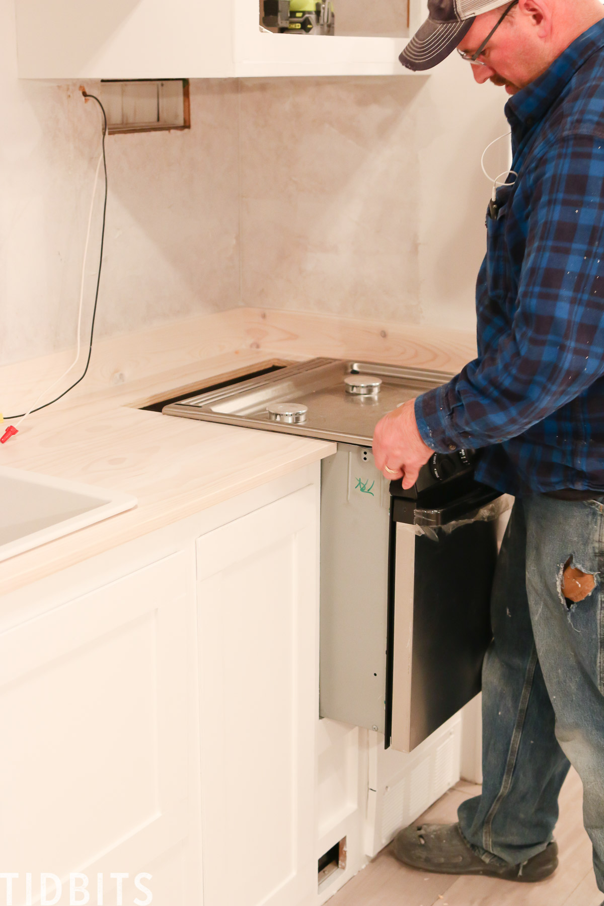 Installing appliances for RV
