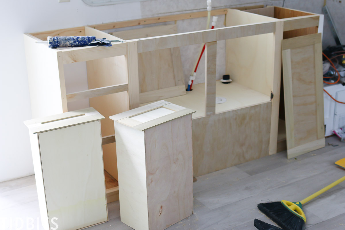 Building new RV kitchen cabinets
