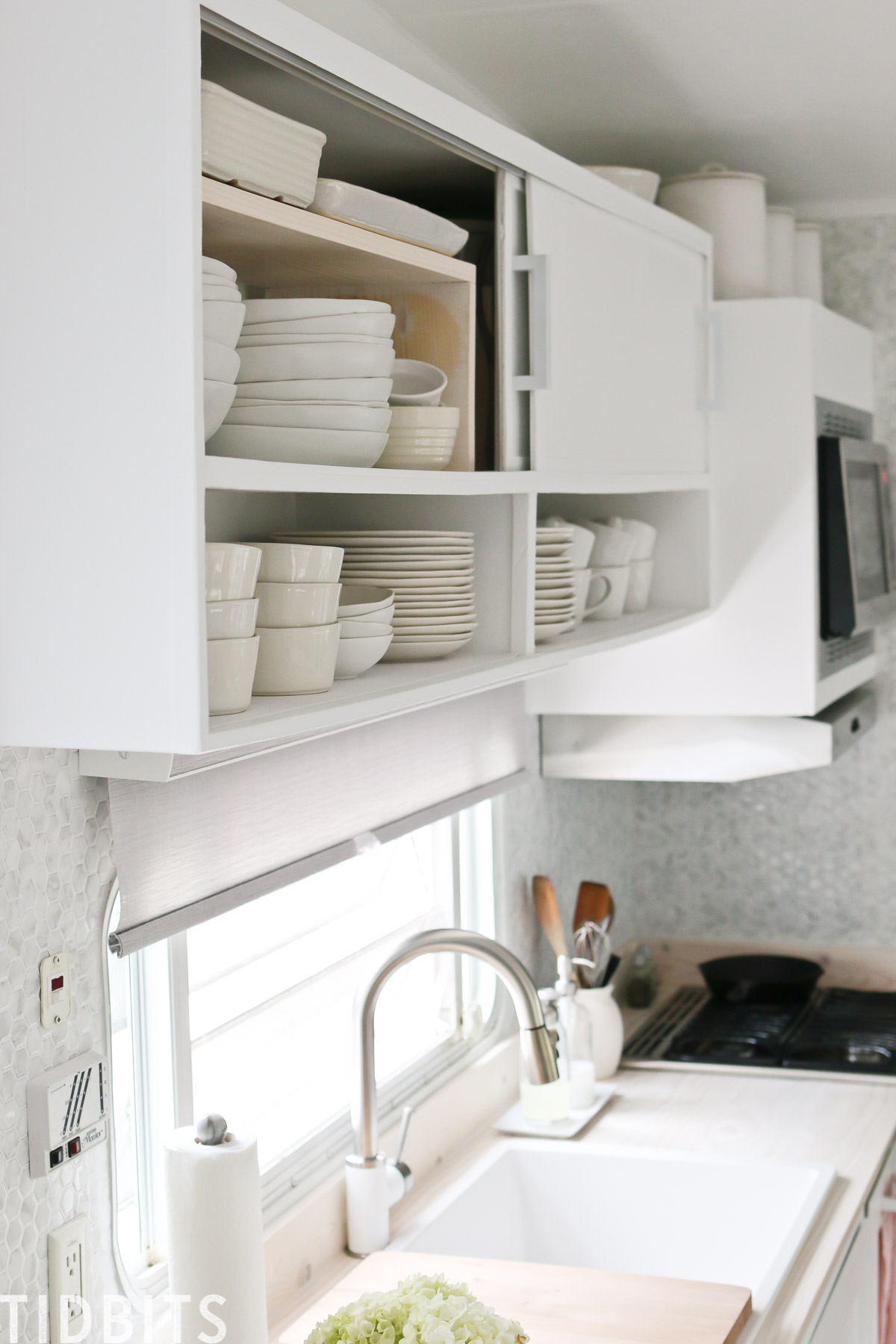 DIY cabinet shelf risers, building plans.