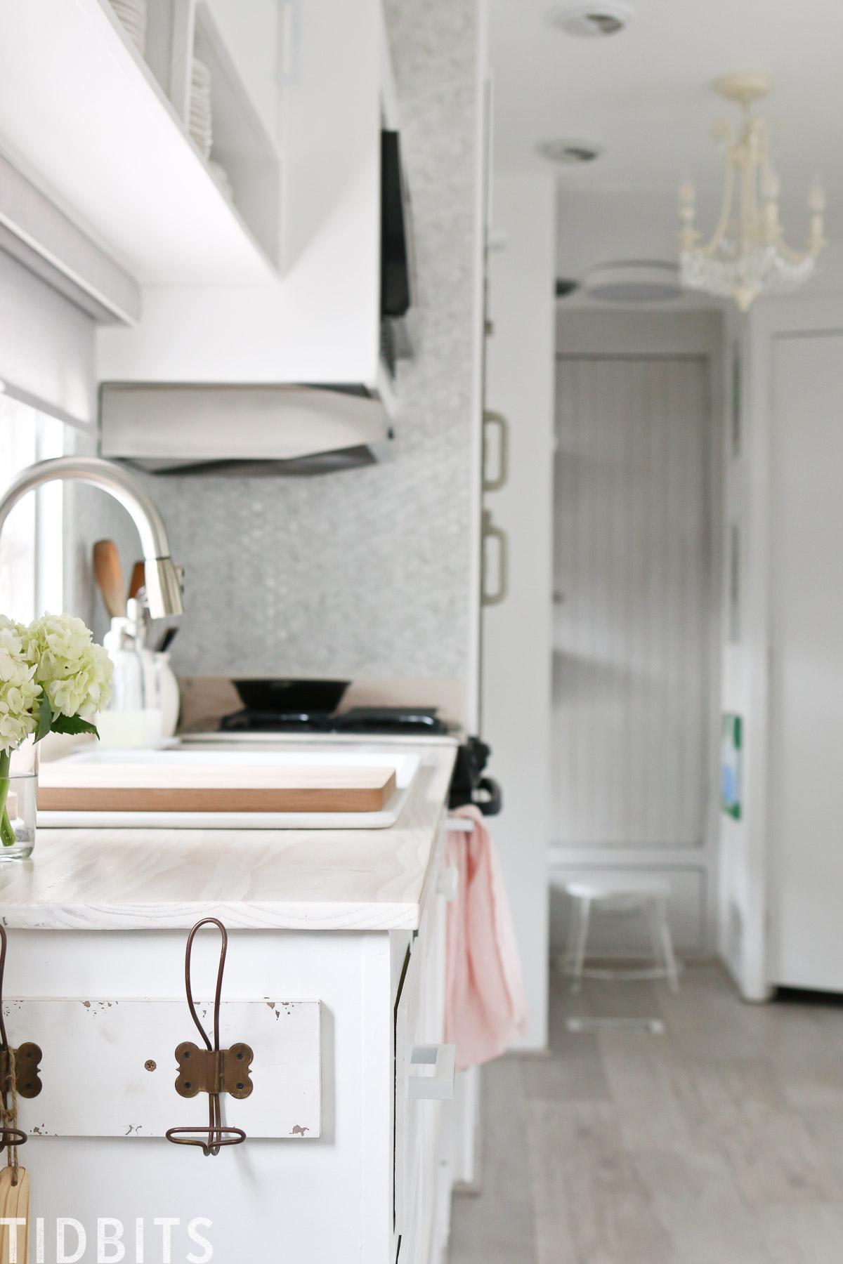 TIDBITS ON WHEELS RV renovation, Kitchen details.