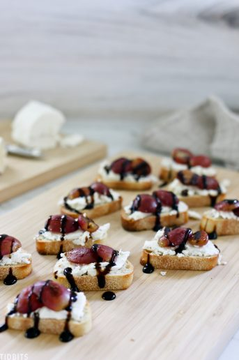 Roasted grapes on Baguettes for appetizer recipe.