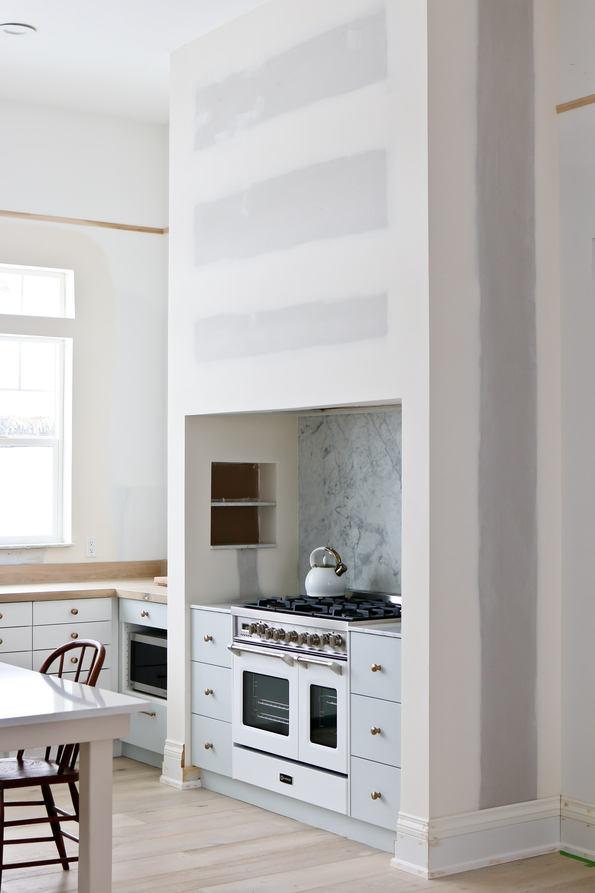 How To Cut Hone And Install Marble Yourself Get The Look For Way Less Tidbits