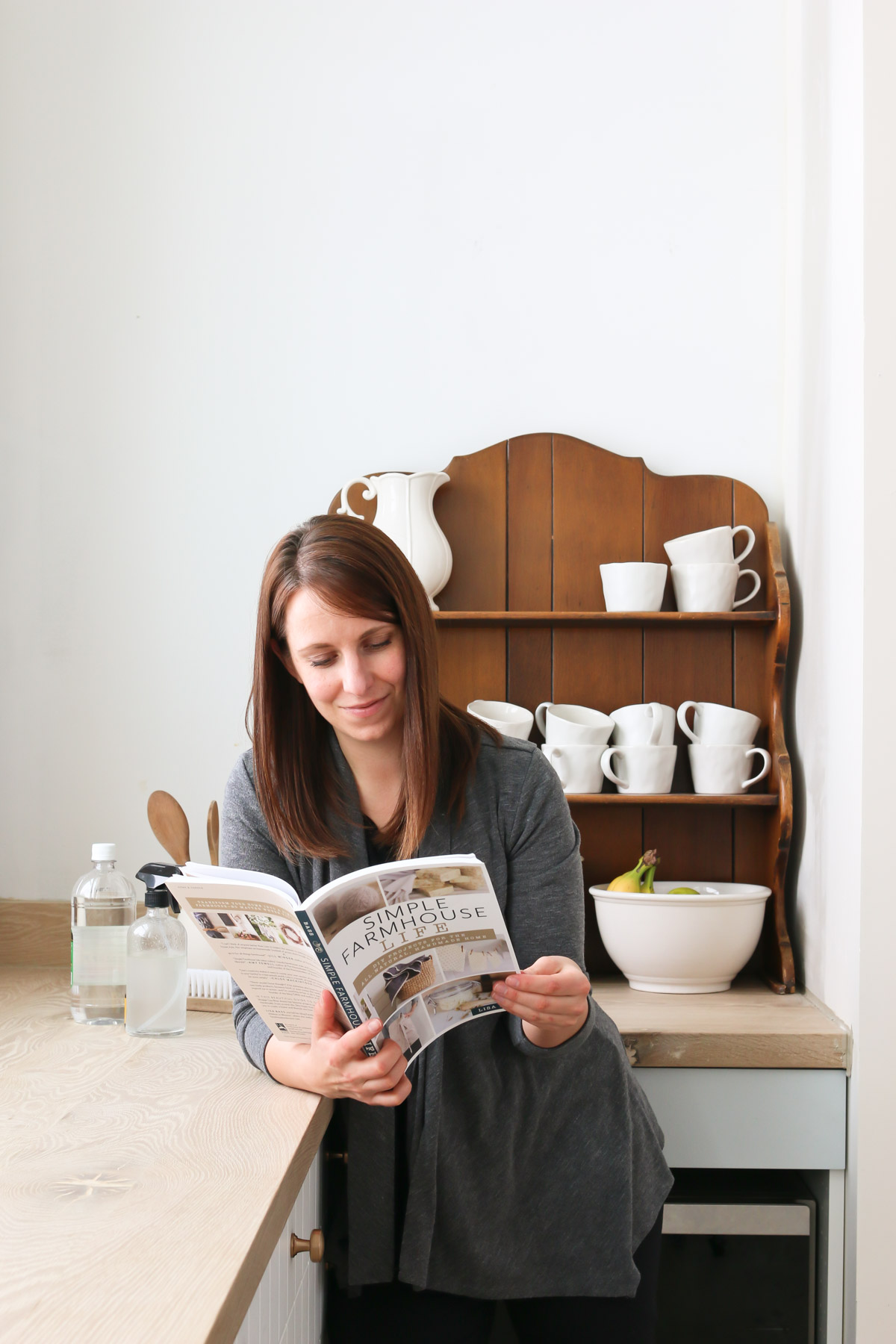 A Simple Farmhouse Life book review