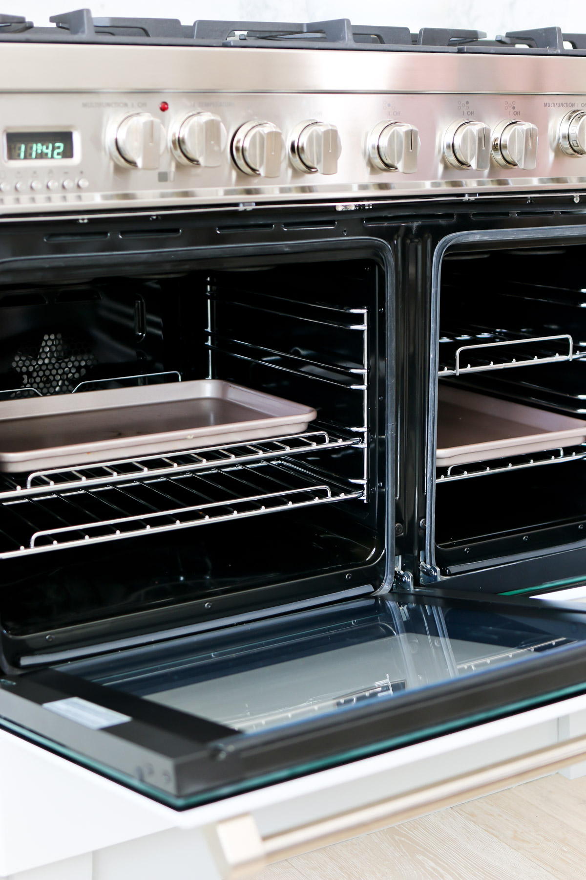 double oven doors and pans